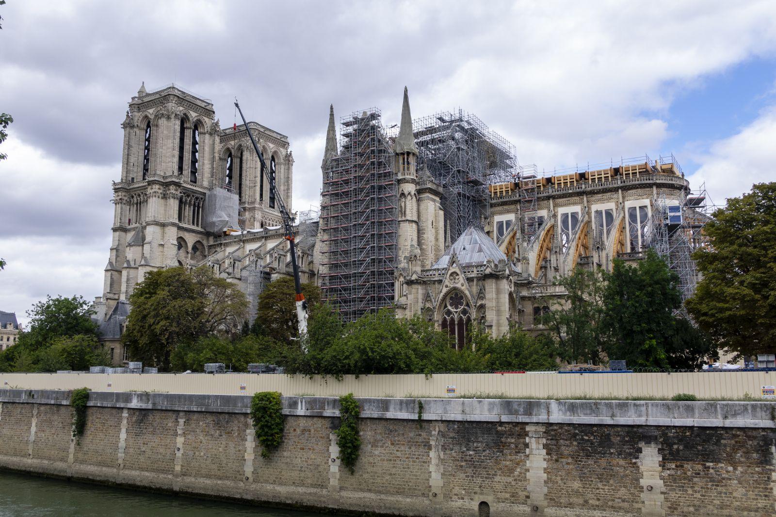 Les travaux de reconstruction de Notre Dame pourront débuter en Janvier 2021.