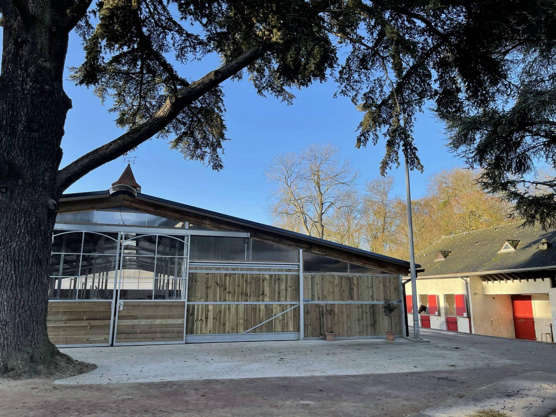 Le nouveau barn au club hippique de Meudon